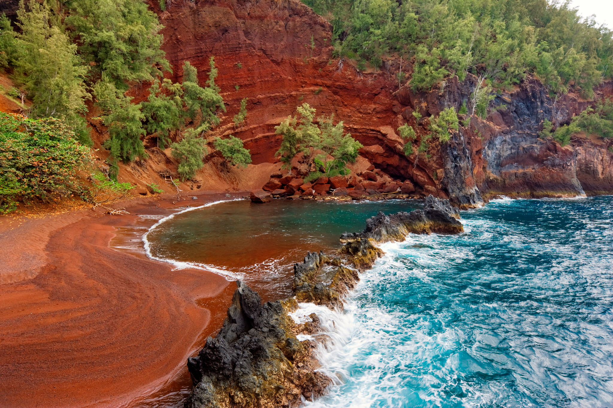 The Best Hiking Spots Across Hawaii, from the Big Island to Oahu